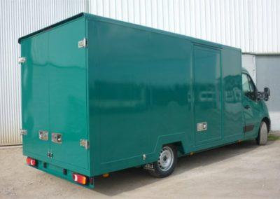 Body closed van