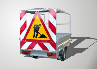 Trailer model carries signals S
