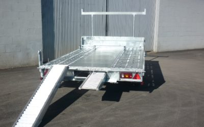 New trailer machinery holder side