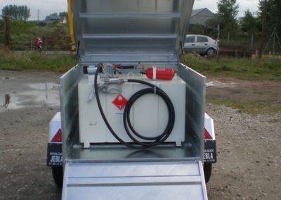 Remolque porta combustible
